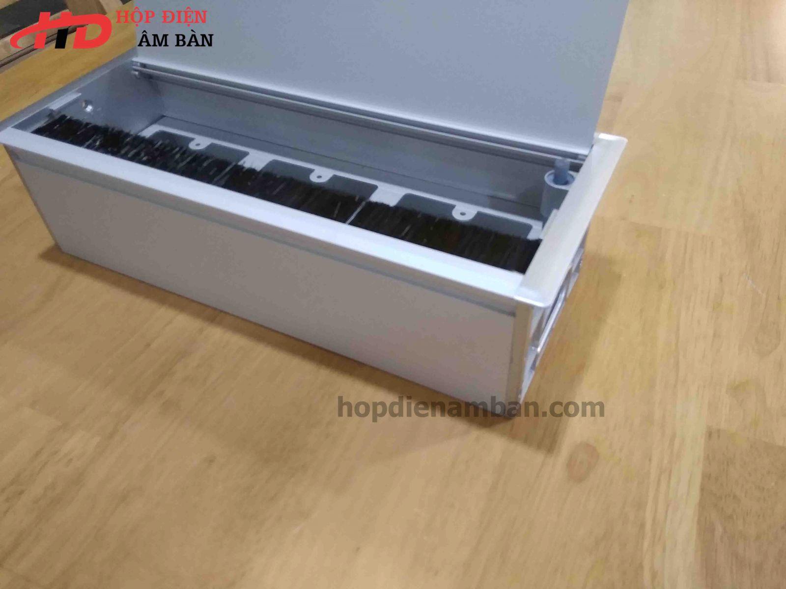 Hộp điện âm bàn có đế COB10v2-3