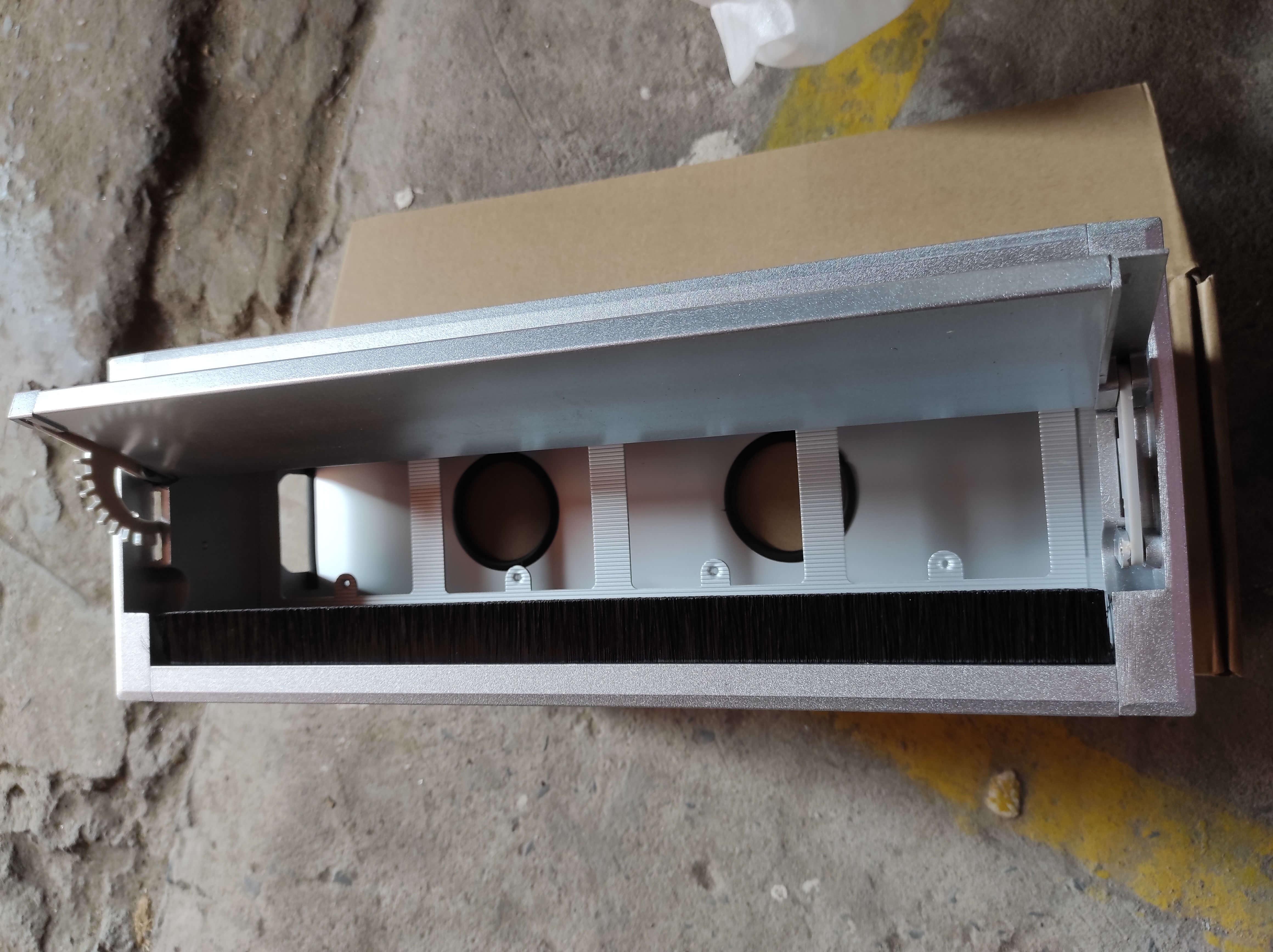 Hộp Điện Nhôm Âm Bàn Mở Nắp 2 Bên HD-MDS01W4 Dài 400